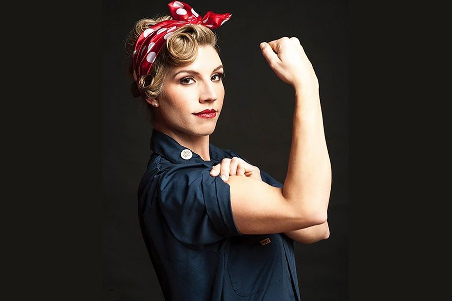 30 Vintage Hairstyles That Need To Make A Comeback Rosie The Riveter Hair Vintage Hairstyles Hair Styles