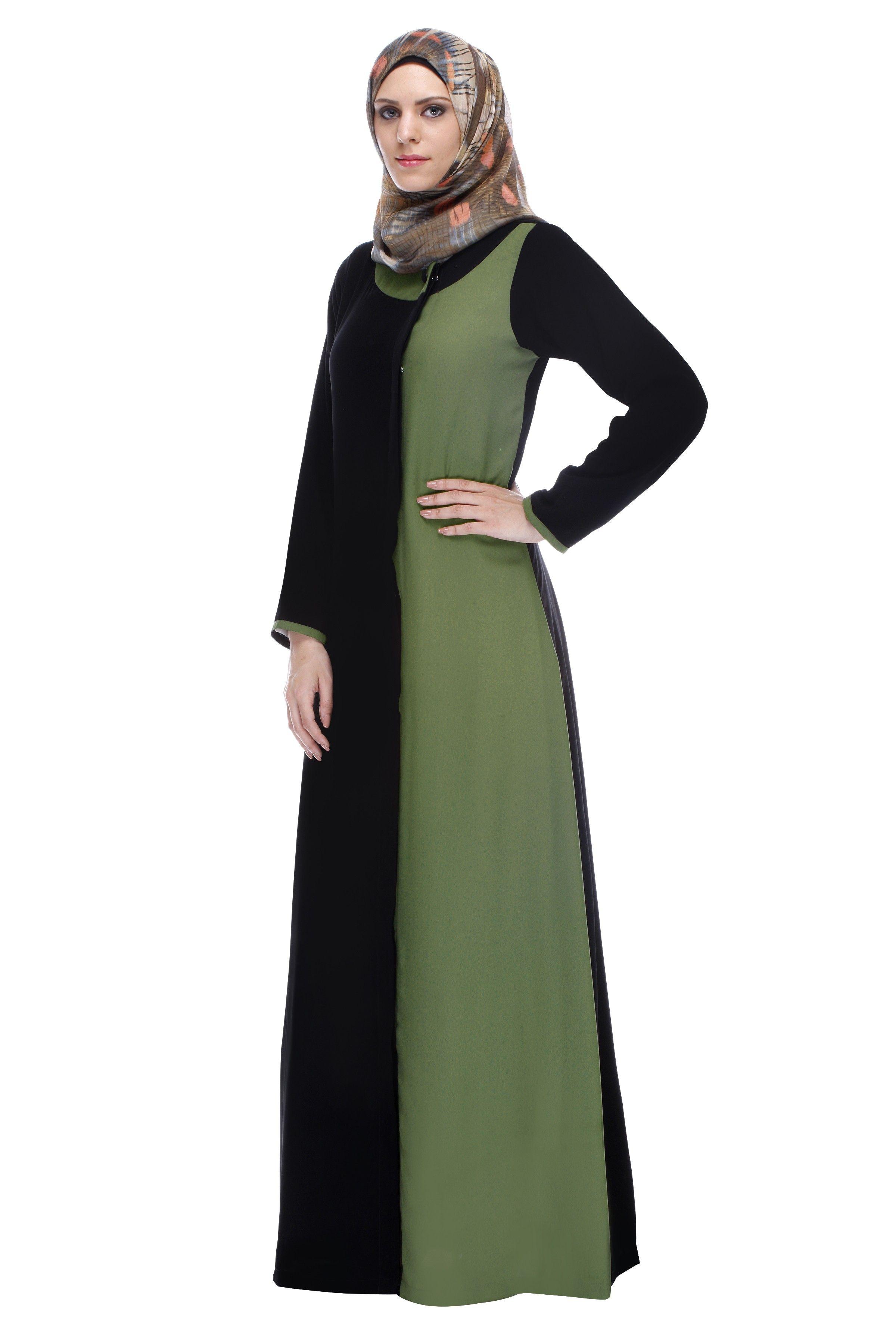 Black Abaya With Green Panel  Black abaya, Abayas fashion, Fashion