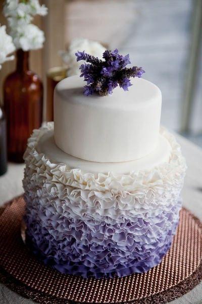 lavender wedding cake. wowsers!!