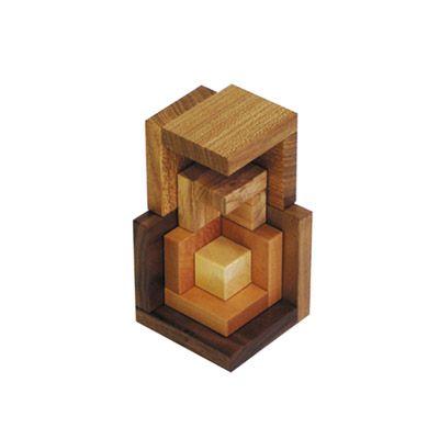 Cella in precious wood >> www.naefspiele.ch