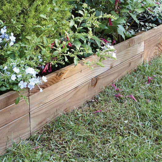 Les Bordures Dessinent Votre Jardin Bordure Jardin Bois Bordure Bois Amenager Petit Jardin