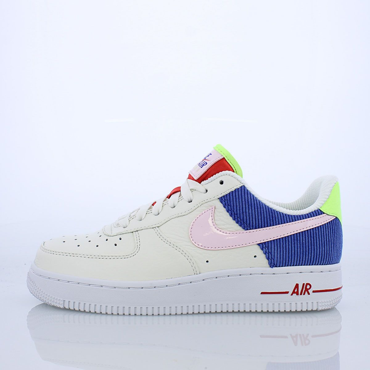 fb096bdde1e0 While flaunting a vibrant color scheme the Air Force 1 Women s gets a  corduroy makeover.