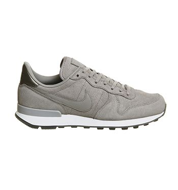Nike Nike Internationalist (w) Medium Grey Metallic Silver - Hers trainers
