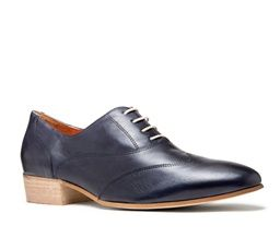 Harlech - Brogue from Mi Piaci. Comes in Navy and Black
