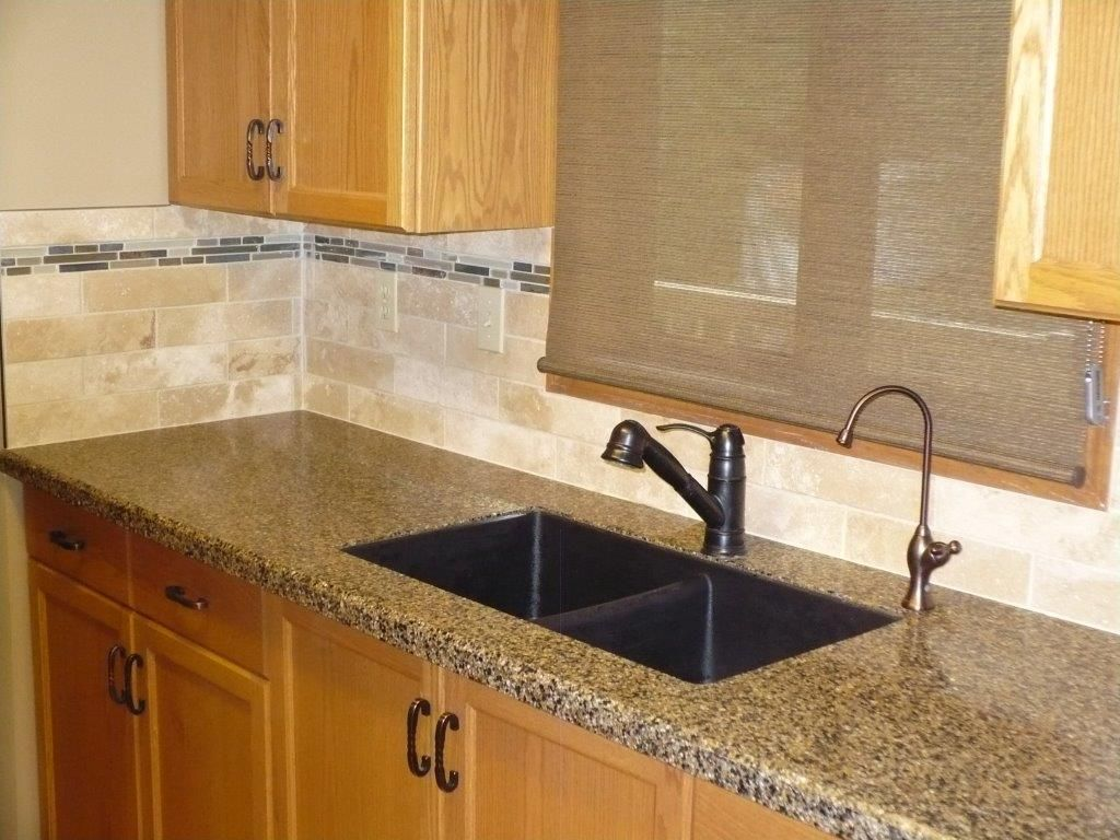 Travertine subway tile backsplash with glass and natural stone ...
