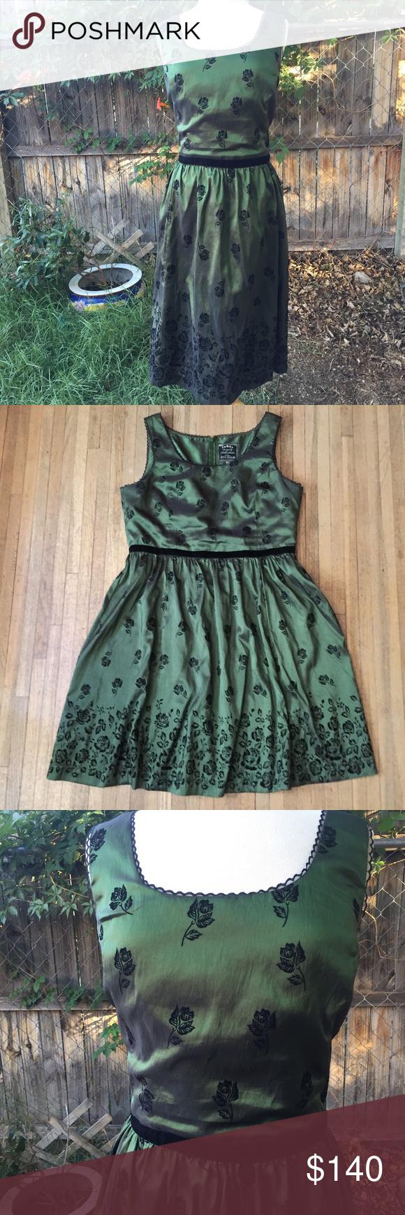 Neco Bella Swan Twilight New Moon Green Dress 3x Green Dress Hot Topic Dresses Fashion [ 1740 x 580 Pixel ]