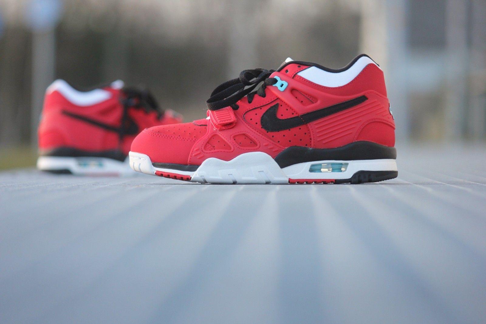 70dcd990f572 Nike Air Trainer 3 University Red - 705426-600
