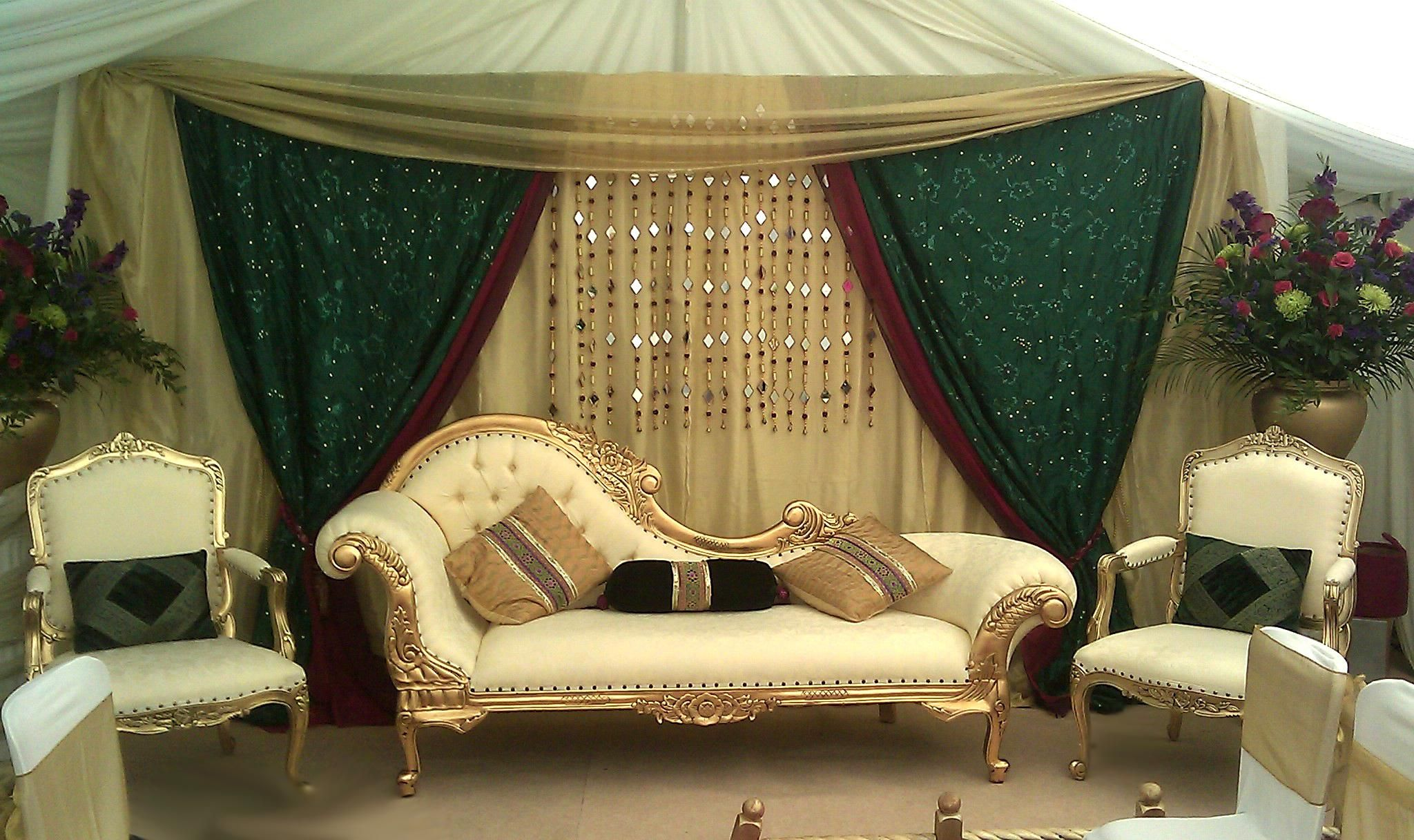 Mehndi Stage Hire : Desi tent hire believes in providing the best services to you on