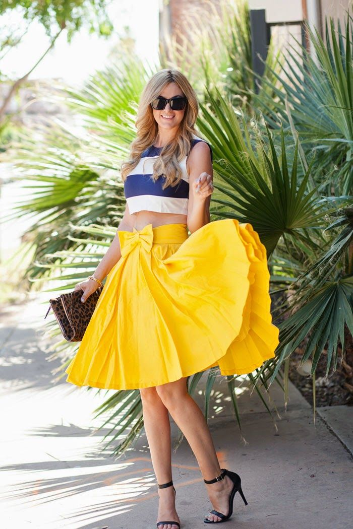 Nautical in yellow and navy