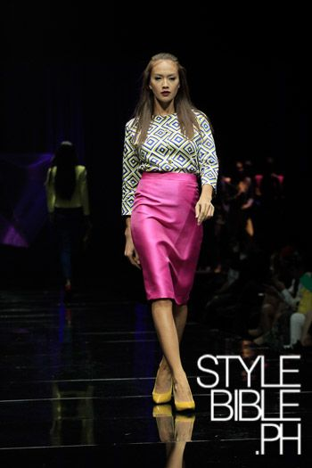 PHILIPPINE FASHION WEEK HOLIDAY 2013 SM LAIDIES