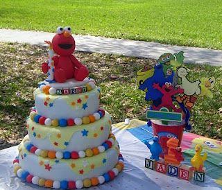 Sesame Street Birthday Party | Colorful Cake!