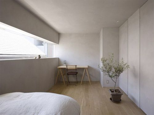 maison blockhaus hiroshima au japon fen tre bandeau dans la chambre id es d co pour la. Black Bedroom Furniture Sets. Home Design Ideas