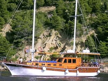 gullet boat.  they have sails but usually only motor.  Cousins spent a week on one and loved it.  can direct your own stops.  everything included.  can make it a one way. Babac gulet cruising off the Dalmatian Coast