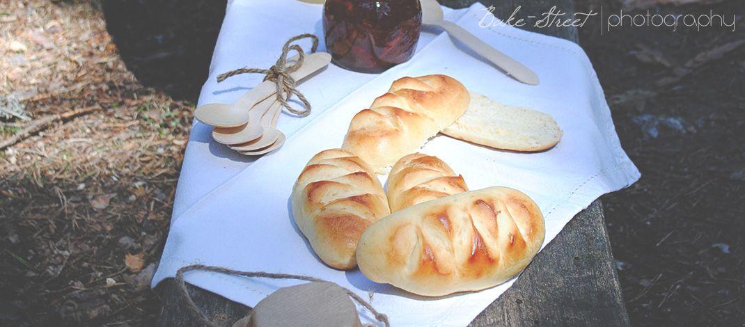 Pan de leche, pequeños panecillos muy tiernos perfectos para el desayuno de los peques.