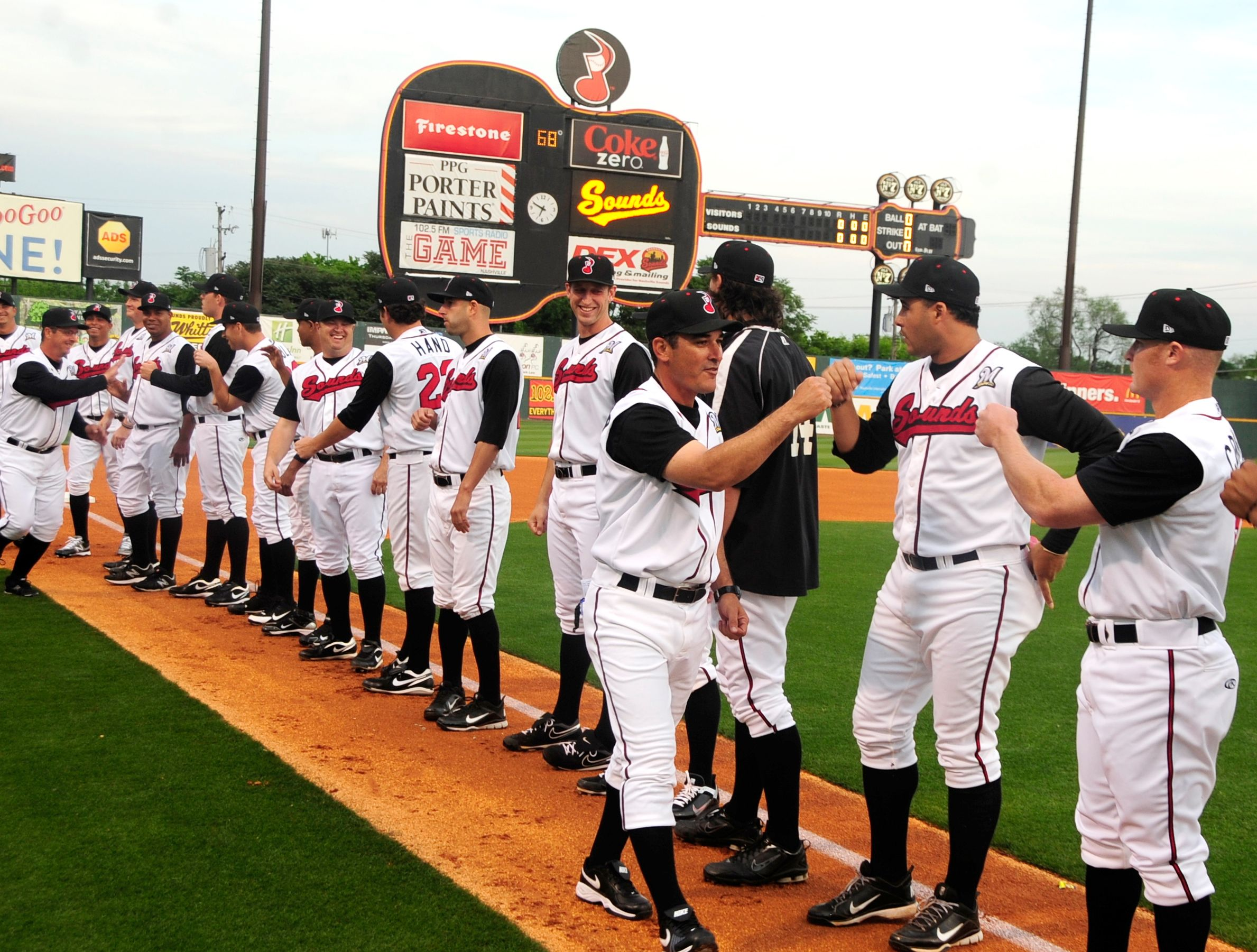 Get down and dirty with nashvilles glbt sports leagues