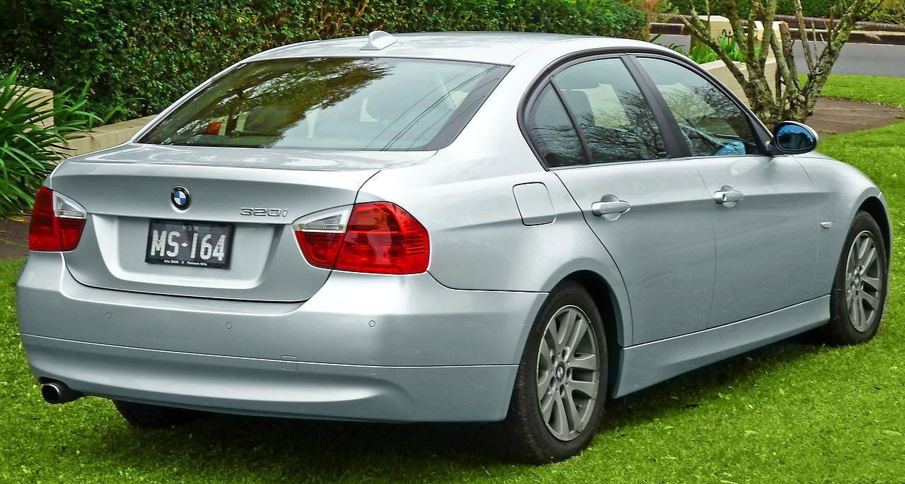 2005 2008 Bmw 320i E90 Sedan 2011 07 17 02 Bmw 3 Series E90