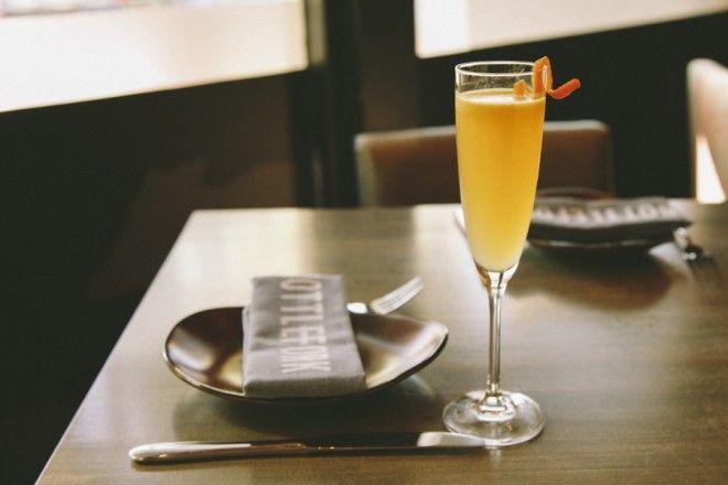River North Cocktail Bar And Kitchen Bottlefork River North Champagne Flute Brunch