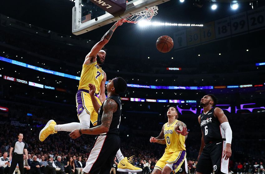 Los Angeles Lakers Takeaways From Win Over Washington Wizards Lakers Win Lakers Washington Wizards