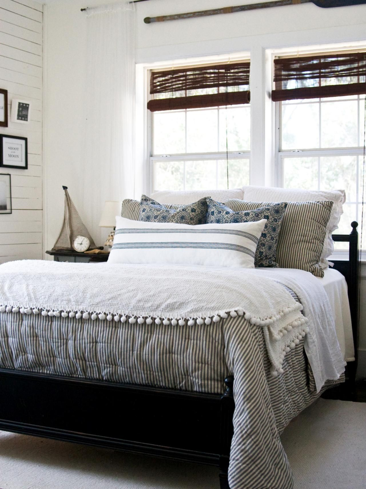 Simple Bedroom Updates interesting simple bedroom updates and prints to create some cosy