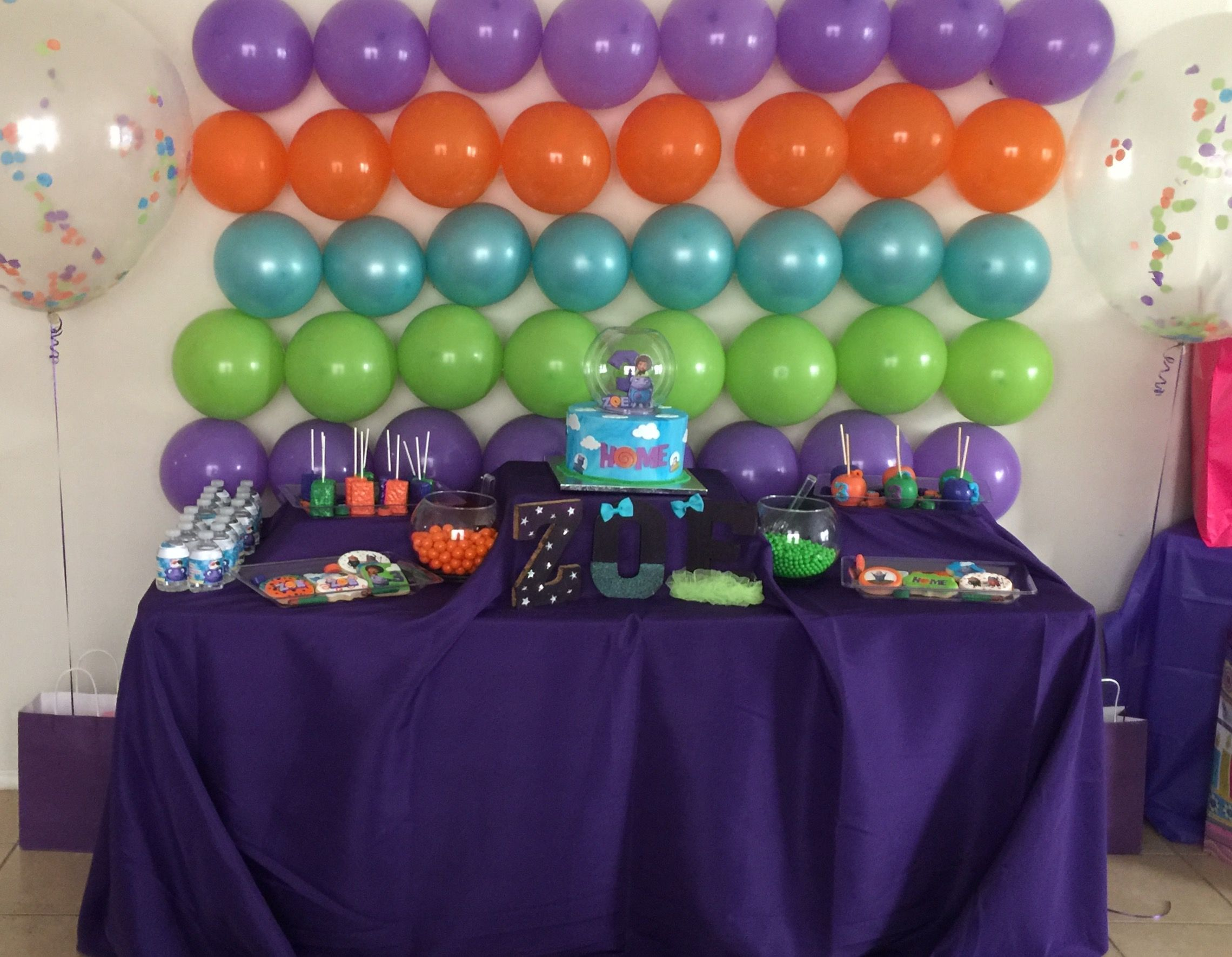 Dreamworks Home Boov Party Cake Table Balloon Backdrop Alien