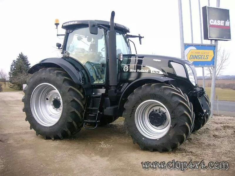New Holland T7070 In Black New Holland Ford Tractors New Holland