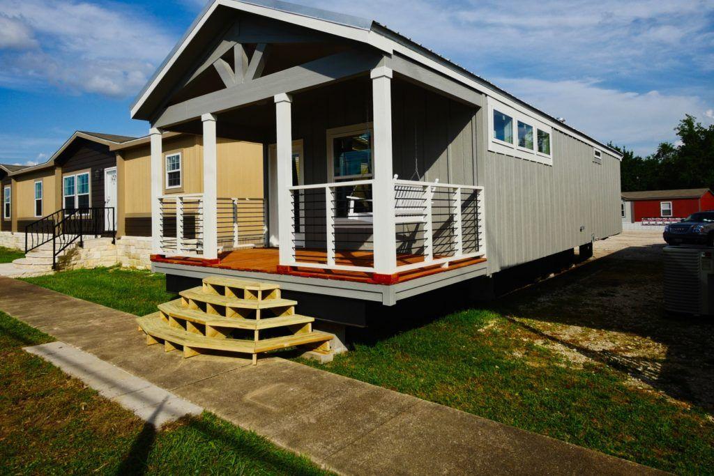 Zimmerman Architectural Studios - Oak Creek Police Station
