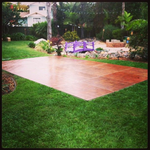 Backyard wedding with with a 15' X 20' Dance Floor! -Oak ...
