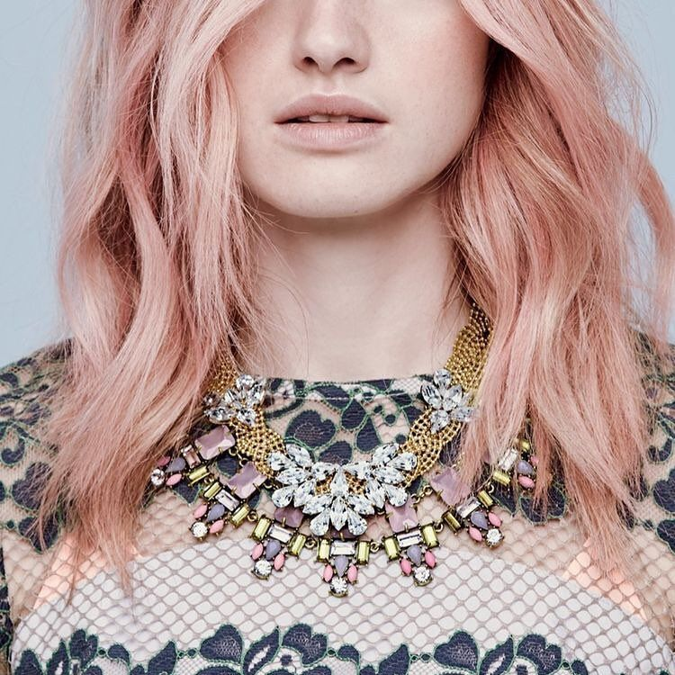 How to Get the Rose Gold Hair Filling Your InstagramFeed | StyleCaster