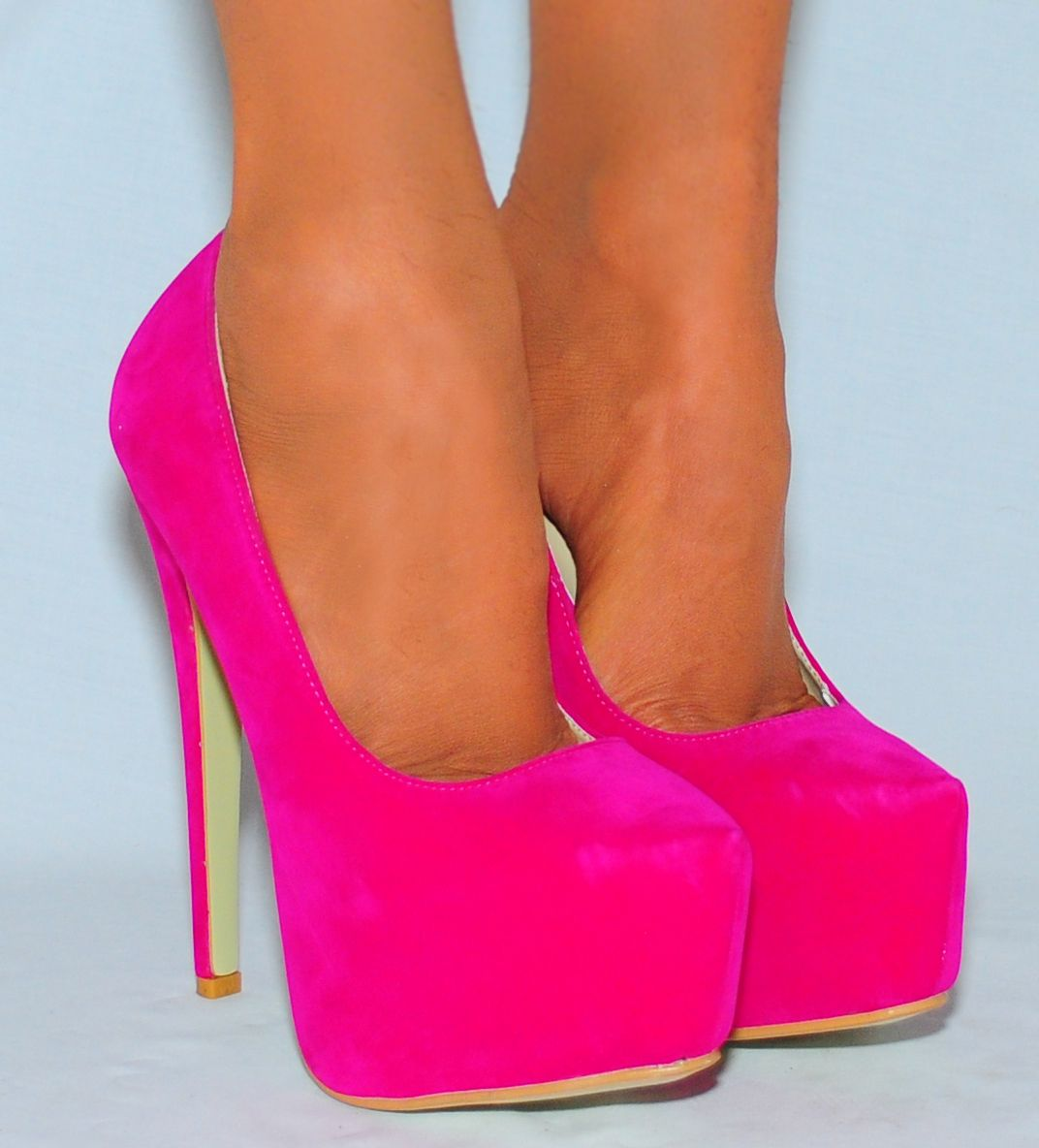 1000  images about Pink Heels on Pinterest | Pump, Hot pink ...