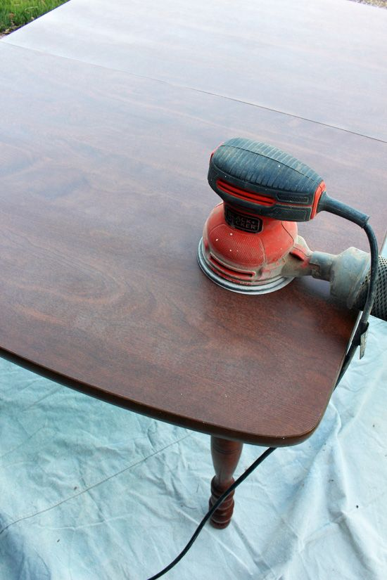 How to paint a laminate kitchen table from Confessions of a Serial – Laminate Kitchen Table