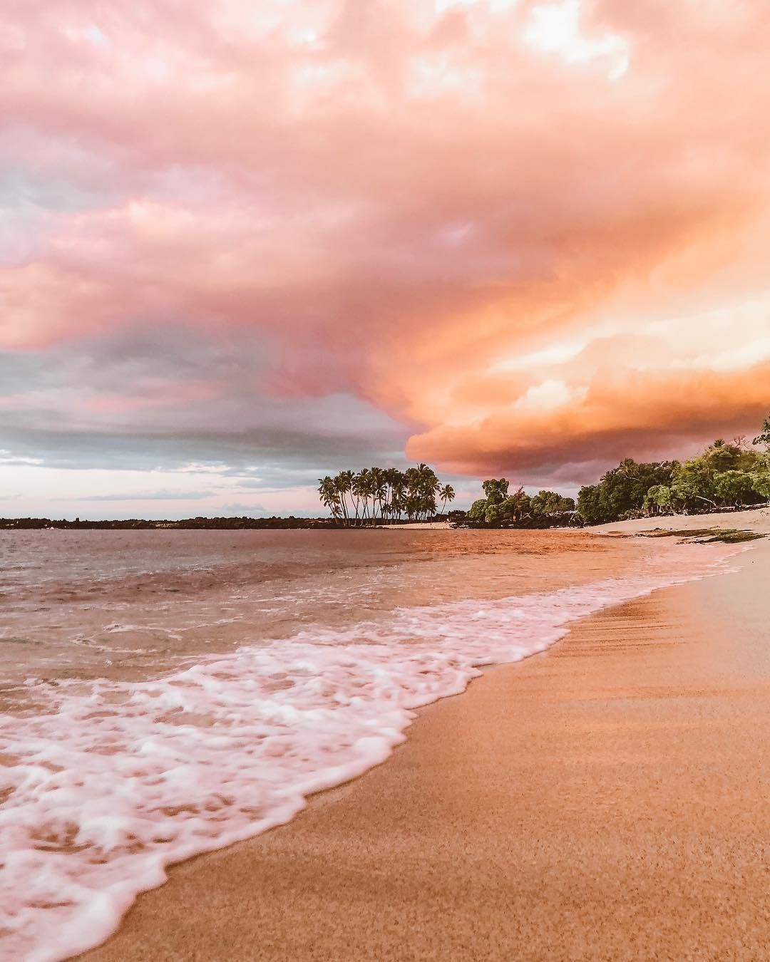 Big Island Beaches: Via @elanaloo Island Living