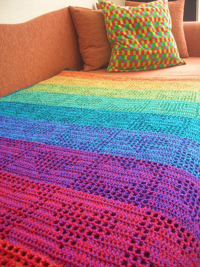 Rainbow Hearts Filet Crochet Afghan / Curtain | Sucht, Stricken und ...