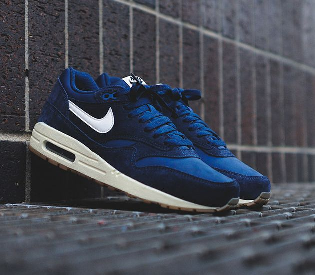 designer fashion a84d0 af480 Nike Air Max 1 Essential – Midnight Navy   White – Gum