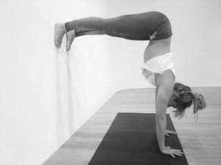 these 5 easy steps will help you master a handstand once