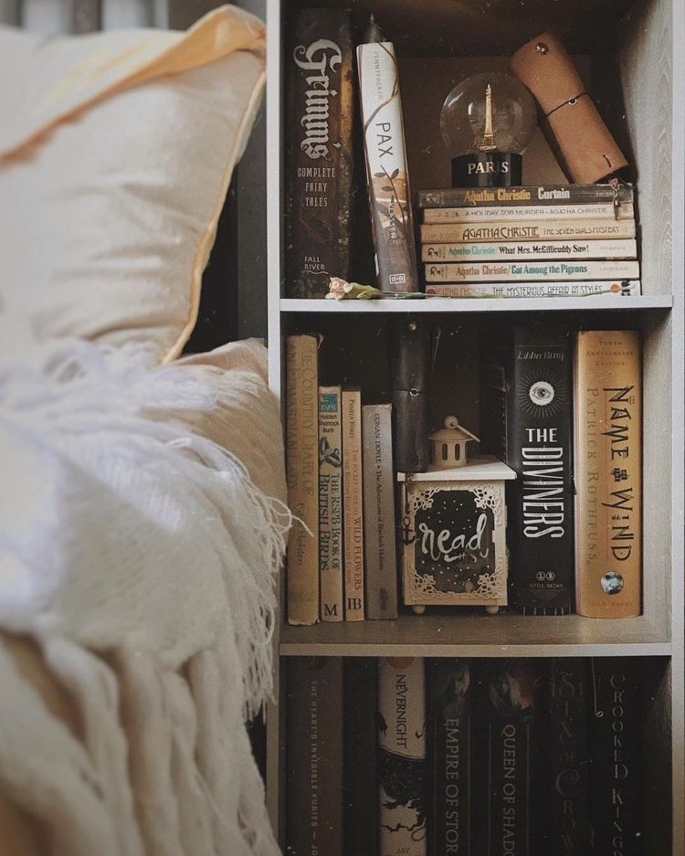 Pin By Raelyn Walls On Bookworm Book Aesthetic Books Book Photography