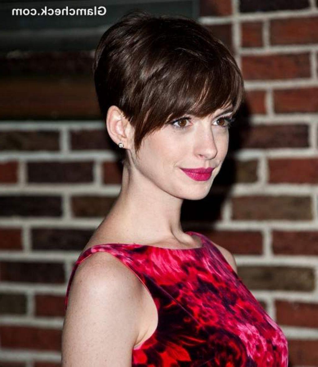Anne Hathaway Short Hair: Long Pixie Cuts For Thick Hair