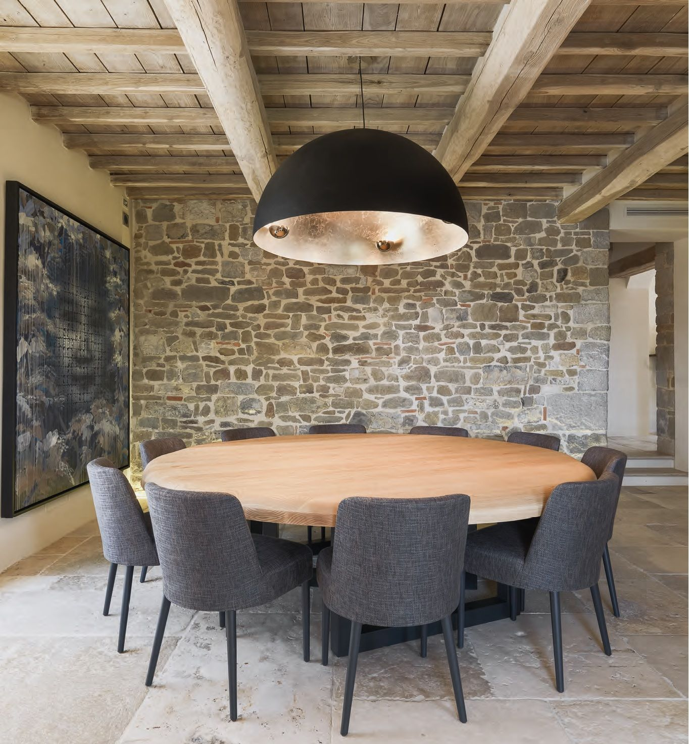 Travi a vista romantico restauro di un edificio antico  Stone  Wohnen Esszimmer