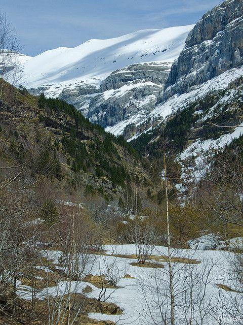 Media Luna.   Vall d'  Ordesa Pirineo de Huesca