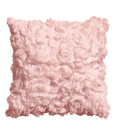 kissenh lle aus satin mit dekorativen chiffonbl ten verdeckter rei verschluss wohnen. Black Bedroom Furniture Sets. Home Design Ideas