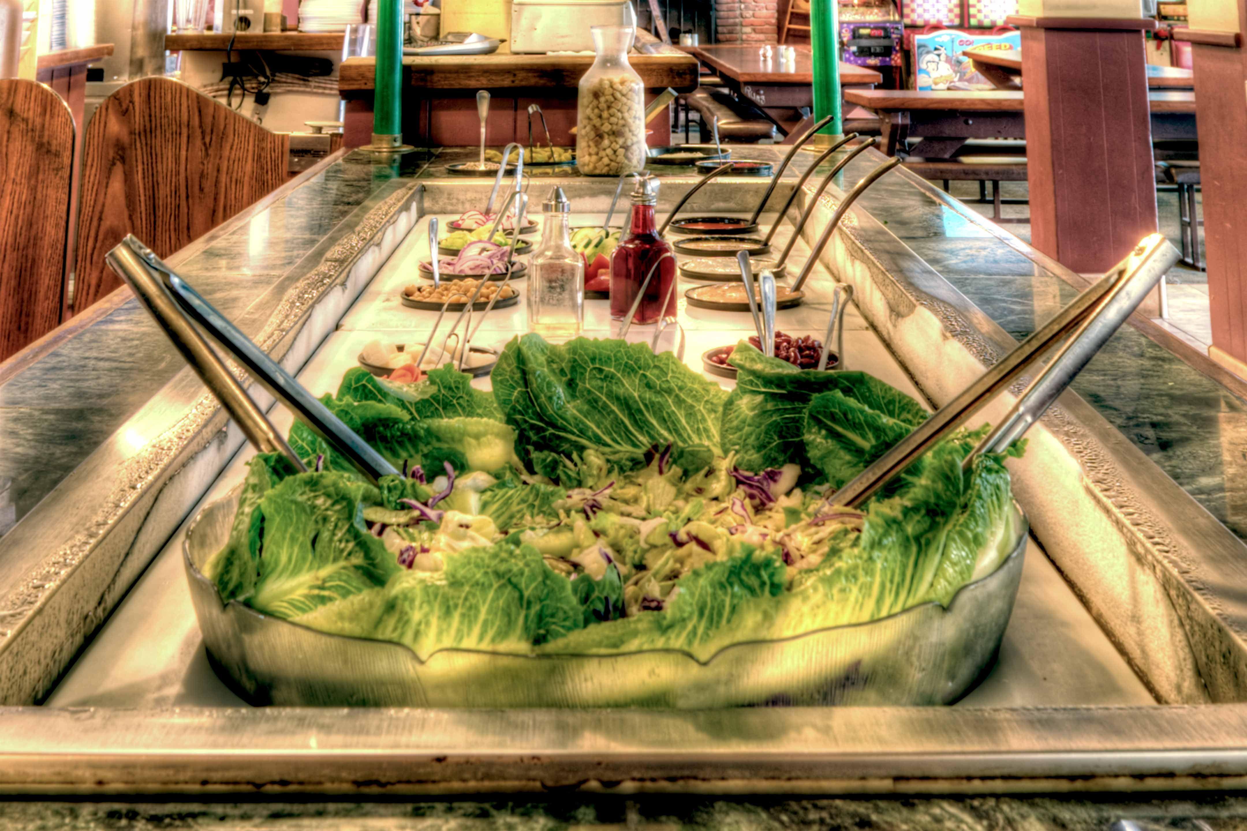 When was the last time you took a trip to our salad bar? #PizzaManDans www.pizzamandans.com/locations