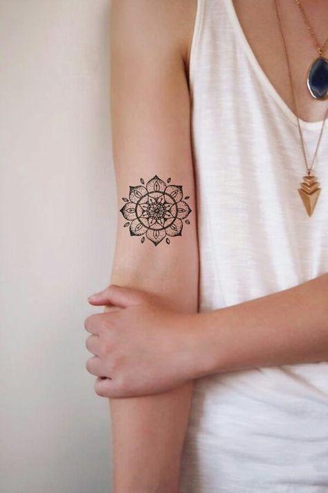 kleines tattoo motiv