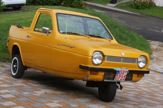 A 3 Wheeled Car Reliant Robin Cool And Funky Cars Pedal Cars