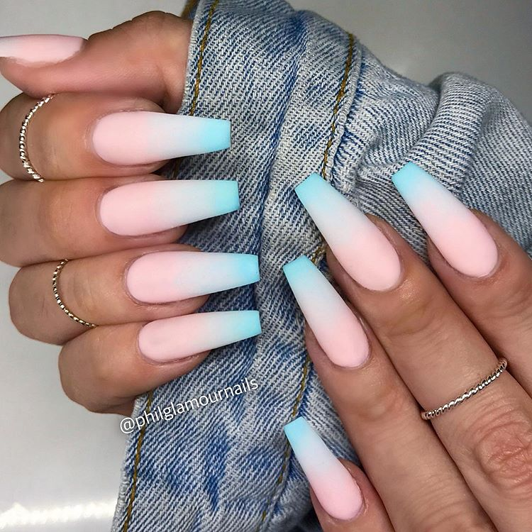 Bubblegum ombré 💙 We love the pop of baby blue in this ...