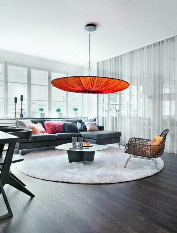 Elegante Wohnzimmer Interieur Runder Teppich Oranger Leuchter
