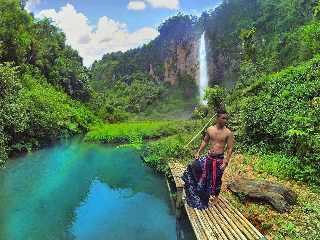 a thousand waterfalls indonesia - debbiebissett.com