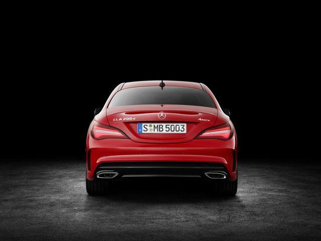 Mercedes-Benz CLA 2017 gây choáng với mức tiêu thụ 3,5 lít/100 km - Giá Xe Mercedes Vito | Mercedes Hàng Xanh