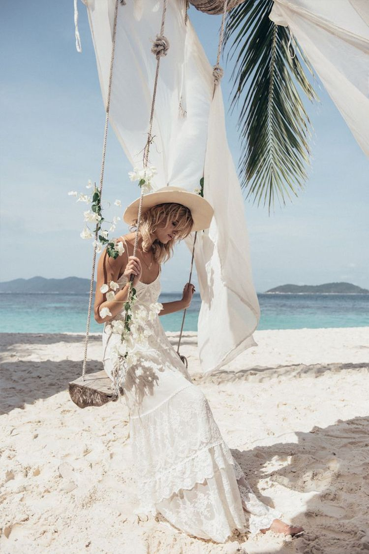 Legeres Strand Brautkleid im Boho Stil | Hochzeit | Pinterest ...