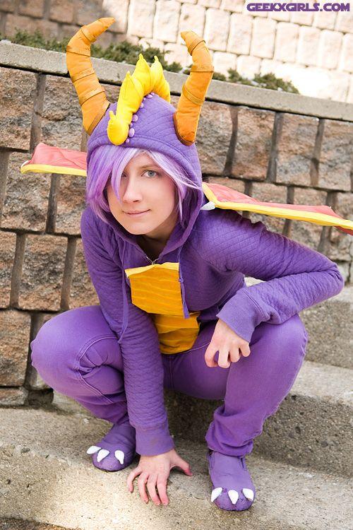 Spyro the Dragon (somewhat) easy costume idea  9ad0f03dd