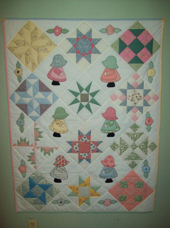 Sun Bonnet Sue Quilt by klassenkreations on Etsy, $175.00 #sunbonnetsue