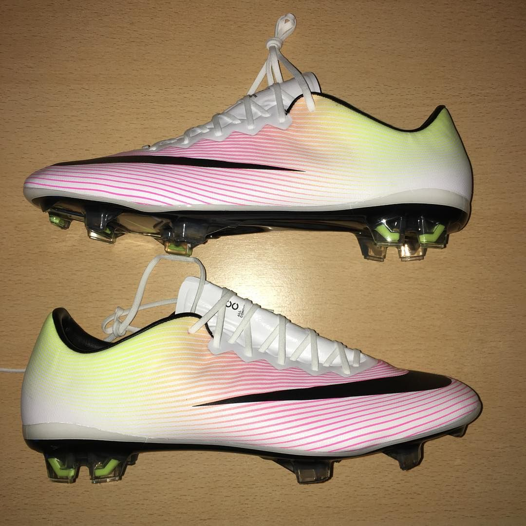 STOCK ENTREGA INMEDIATA NIKE MERCURIAL VAPOR X DISPONIBLES EN TALLE 7 US